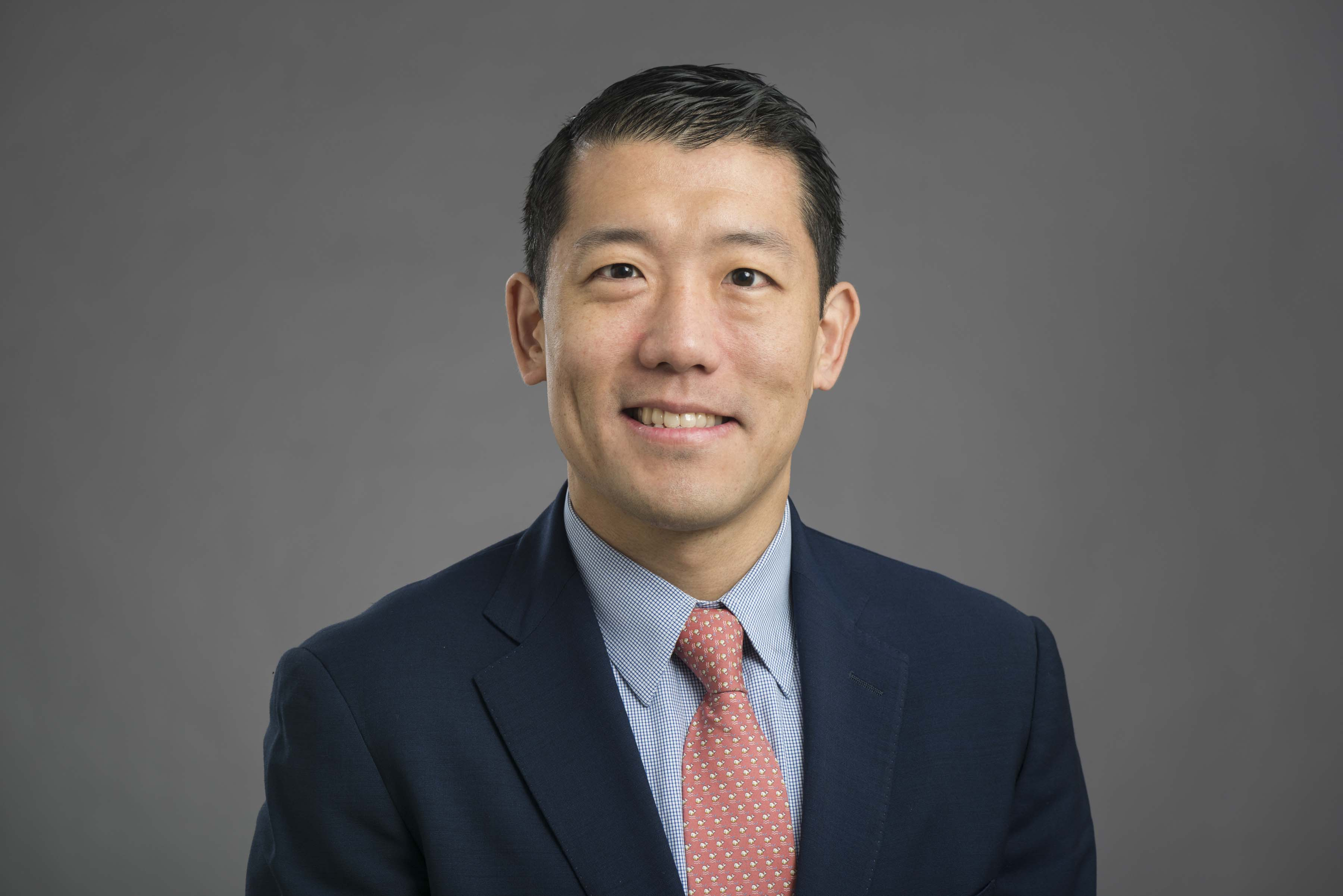 Joint Replacement Surgeon Dr Denis Nam Joins Midwest